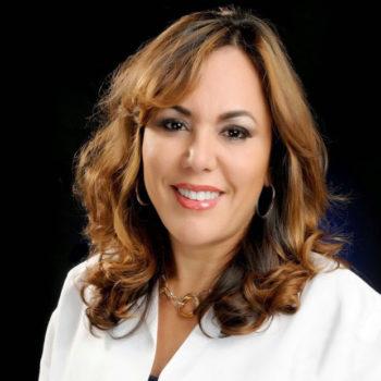 Dr. Adelfi Molina